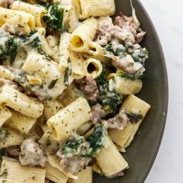 Cheesy Kale and Sausage Pasta